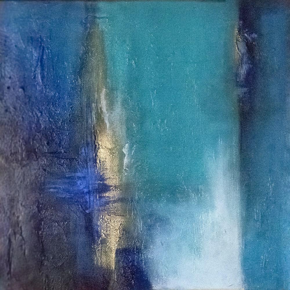 Doro-Nuyken-Between-50x50-mixed-media-on-canvas-2019-min